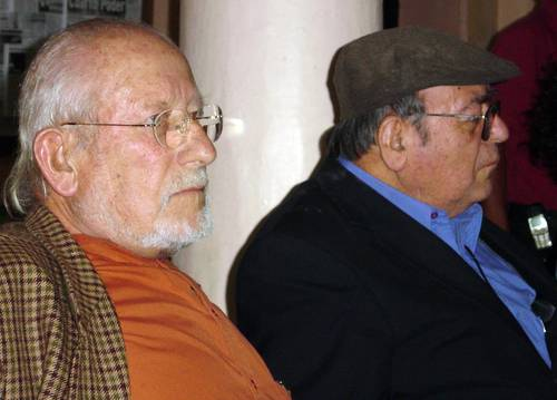 Ethno-sociologist Andrés Aubry and Bishop Samuel Ruiz García, during the presentation of a Fray Bartolomé de las Casas Human Rights Center report, in April 2006.